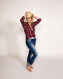 hot-moms-fashion_lindsay-winslow_9-2017_web