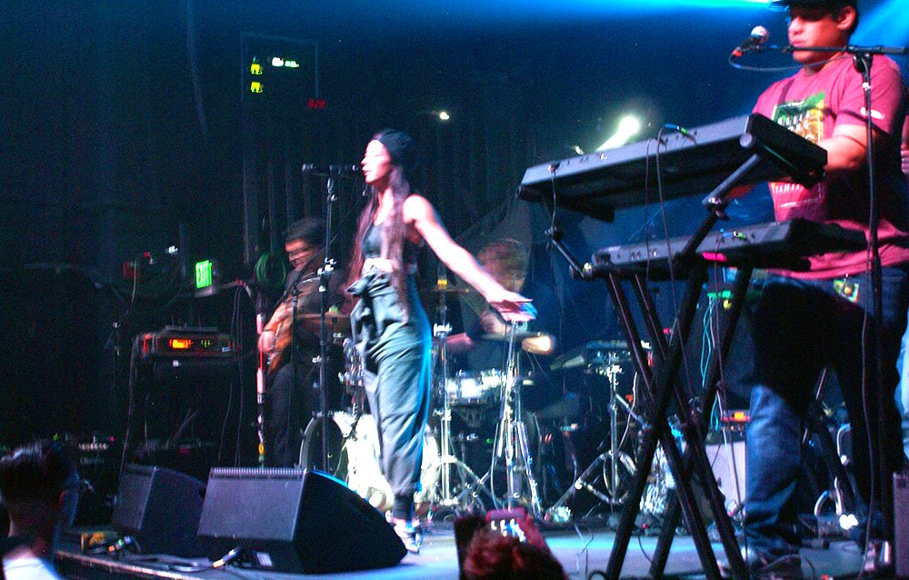 Come at me, Leilani Wolfgramm, Aggie Theater, Ft. Collins, By De La Vaca for YS Magazine